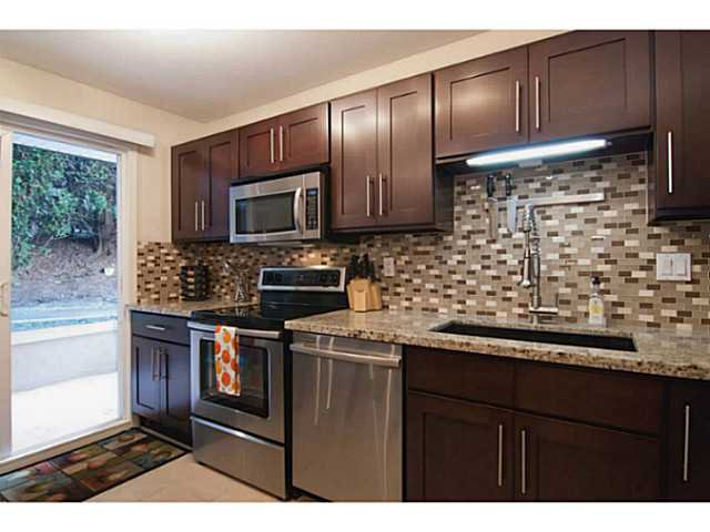 """Photo 3: Photos: 104 7139 18TH Avenue in Burnaby: Edmonds BE Condo for sale in """"CRYSTAL GATES"""" (Burnaby East)  : MLS®# V1065435"""