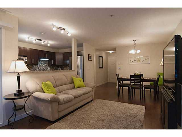 """Photo 9: Photos: 104 7139 18TH Avenue in Burnaby: Edmonds BE Condo for sale in """"CRYSTAL GATES"""" (Burnaby East)  : MLS®# V1065435"""