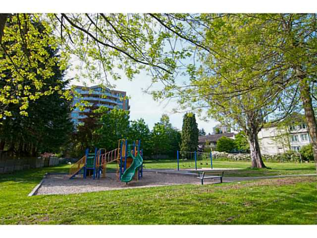 """Photo 20: Photos: 104 7139 18TH Avenue in Burnaby: Edmonds BE Condo for sale in """"CRYSTAL GATES"""" (Burnaby East)  : MLS®# V1065435"""