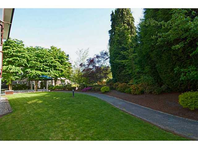 """Photo 19: Photos: 104 7139 18TH Avenue in Burnaby: Edmonds BE Condo for sale in """"CRYSTAL GATES"""" (Burnaby East)  : MLS®# V1065435"""