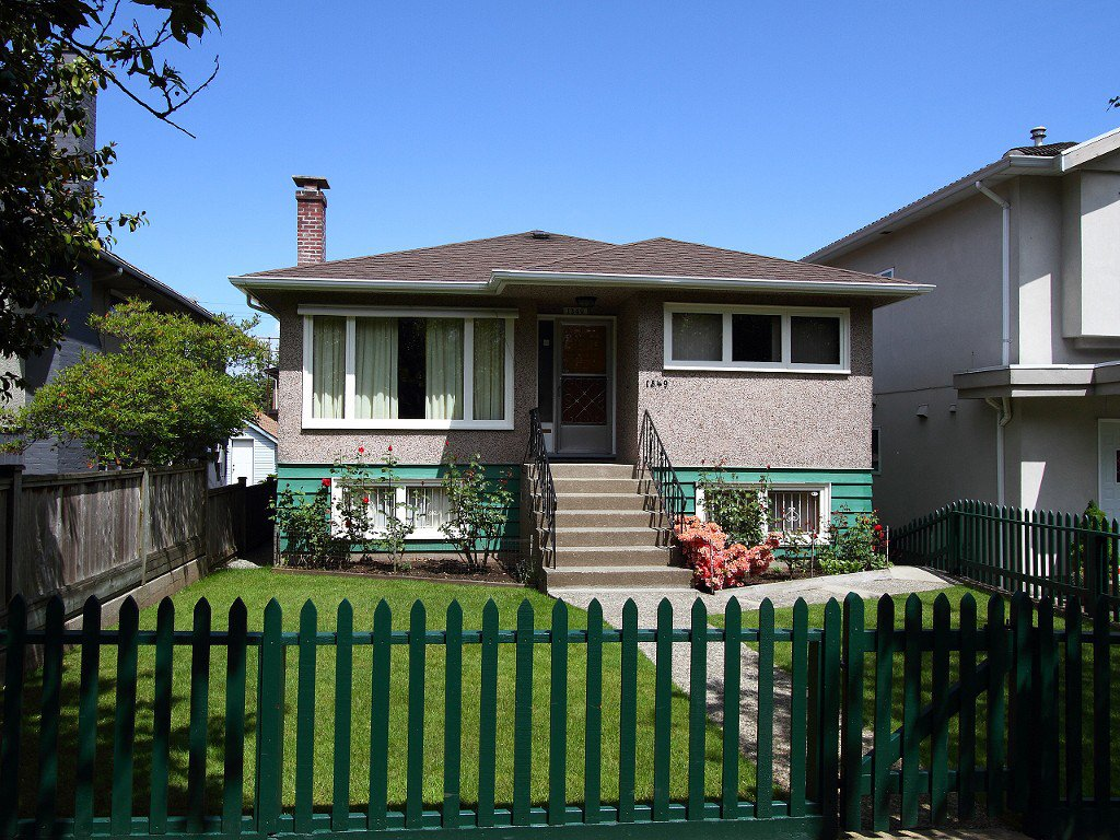 Main Photo: 1349 E 21ST Avenue in Vancouver: Knight House for sale (Vancouver East)  : MLS®# V1067119