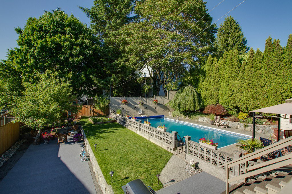 Photo 13: Photos: 1985 PETERSON Avenue in Coquitlam: Cape Horn House for sale : MLS®# V1067810