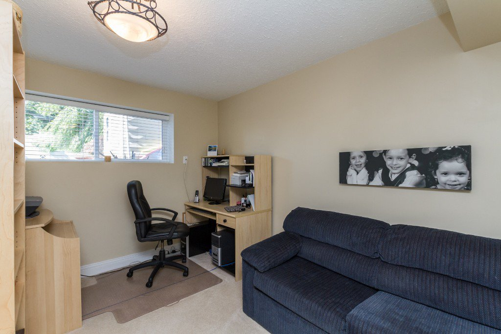 Photo 32: Photos: 1985 PETERSON Avenue in Coquitlam: Cape Horn House for sale : MLS®# V1067810