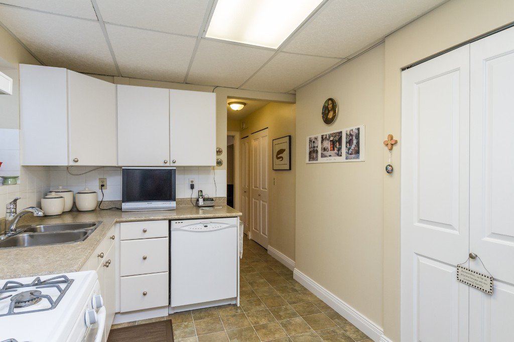 Photo 27: Photos: 1985 PETERSON Avenue in Coquitlam: Cape Horn House for sale : MLS®# V1067810