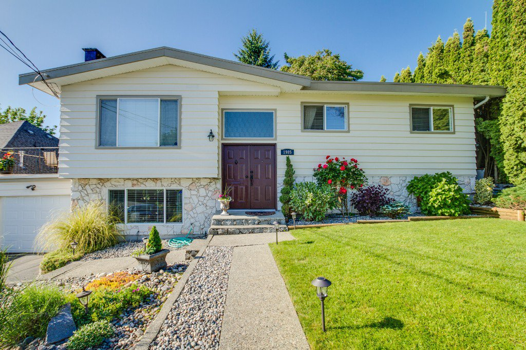 Photo 44: Photos: 1985 PETERSON Avenue in Coquitlam: Cape Horn House for sale : MLS®# V1067810