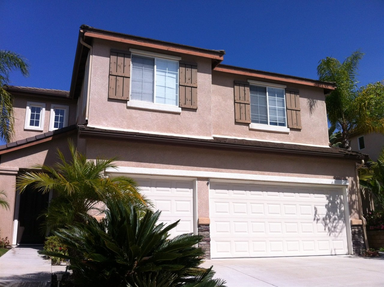 Main Photo: AVIARA House for sale : 5 bedrooms : 6484 Goldenbush Drive in Carlsbad