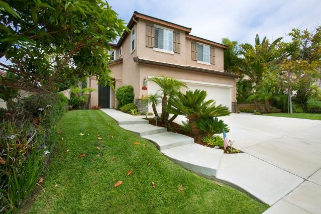 Photo 2: Photos: AVIARA House for sale : 5 bedrooms : 6484 Goldenbush Drive in Carlsbad
