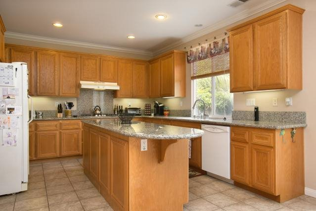 Photo 7: Photos: AVIARA House for sale : 5 bedrooms : 6484 Goldenbush Drive in Carlsbad