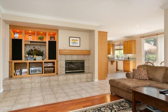 Photo 11: Photos: AVIARA House for sale : 5 bedrooms : 6484 Goldenbush Drive in Carlsbad
