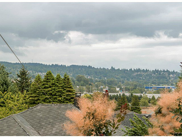 Main Photo: 511 GARFIELD Street in New Westminster: The Heights NW House for sale : MLS®# V1137761