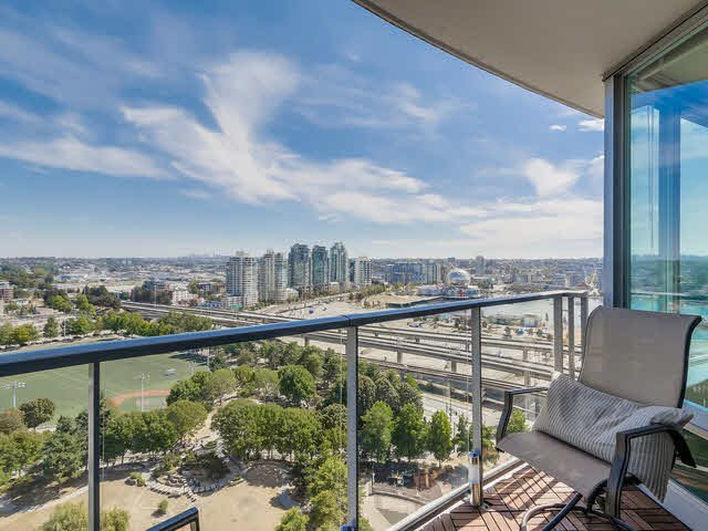 "Main Photo: 2308 58 KEEFER Place in Vancouver: Downtown VW Condo for sale in ""Firenze 1"" (Vancouver West)  : MLS®# V1140946"