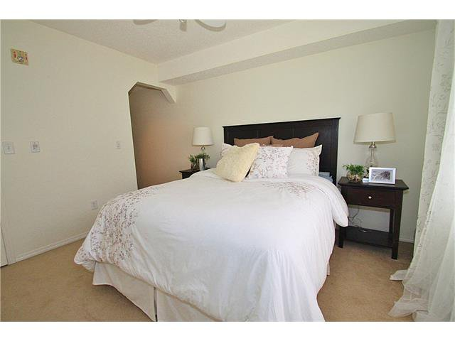 Photo 16: Photos: 4210 70 PANAMOUNT Drive NW in Calgary: Panorama Hills Condo for sale : MLS®# C4076260