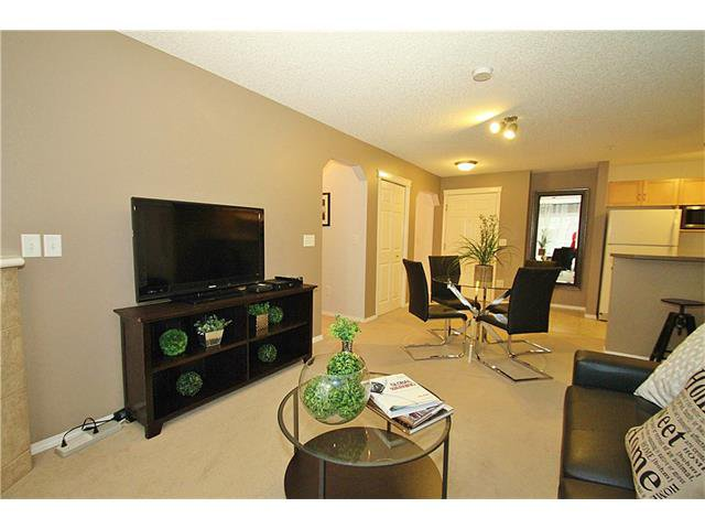 Photo 7: Photos: 4210 70 PANAMOUNT Drive NW in Calgary: Panorama Hills Condo for sale : MLS®# C4076260