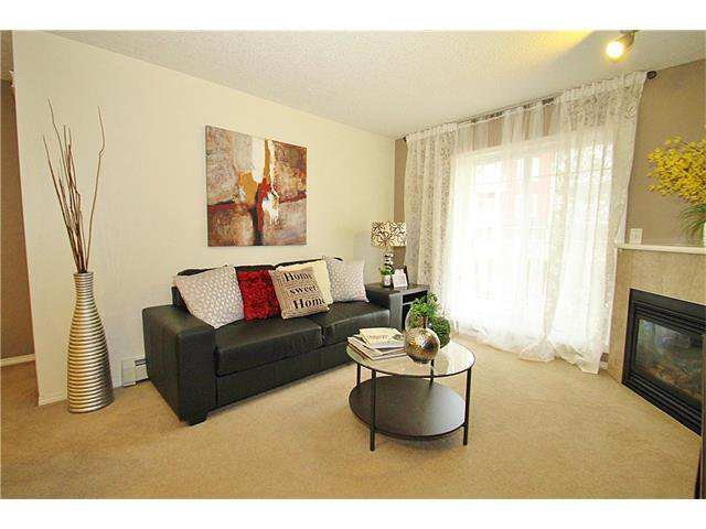 Photo 4: Photos: 4210 70 PANAMOUNT Drive NW in Calgary: Panorama Hills Condo for sale : MLS®# C4076260