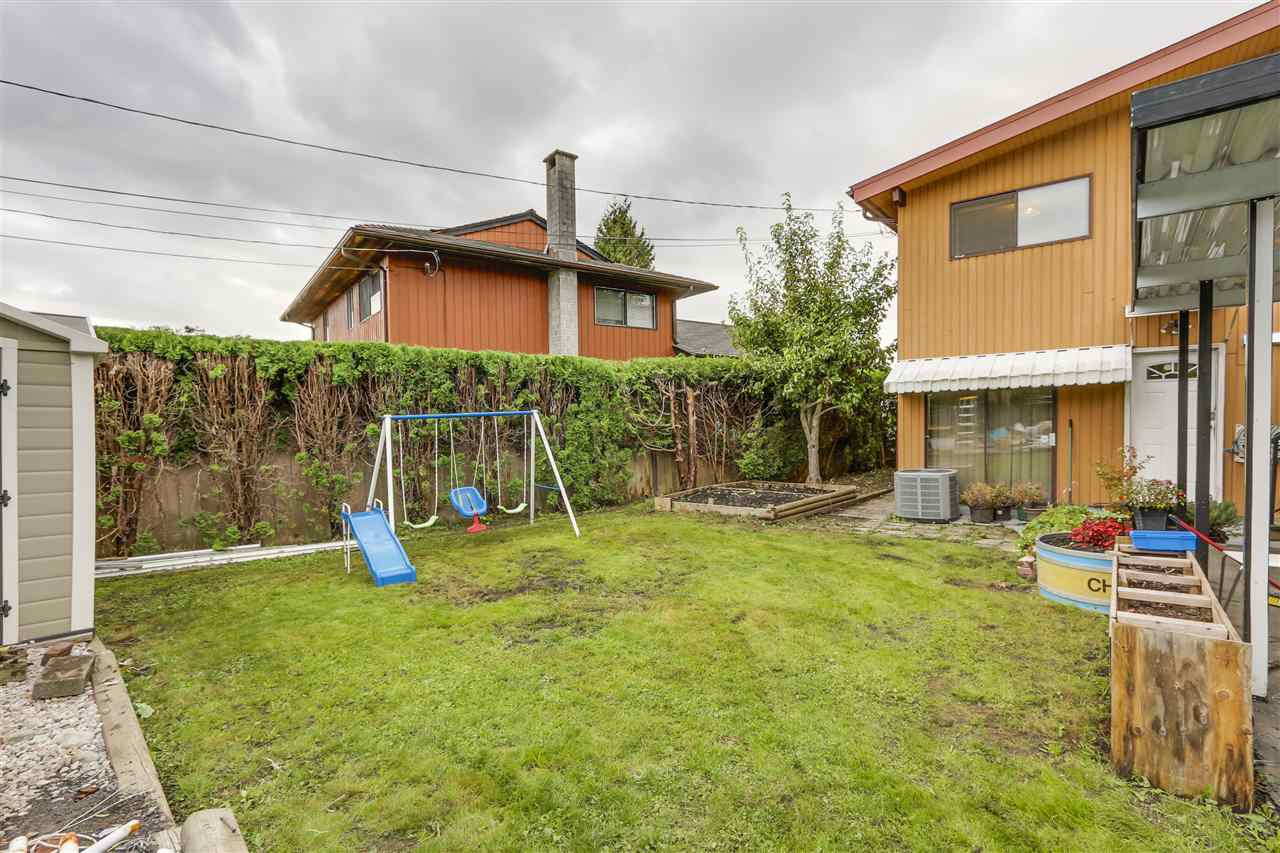 Photo 20: Photos: 6920 HYCREST Drive in Burnaby: Montecito House for sale (Burnaby North)  : MLS®# R2165155