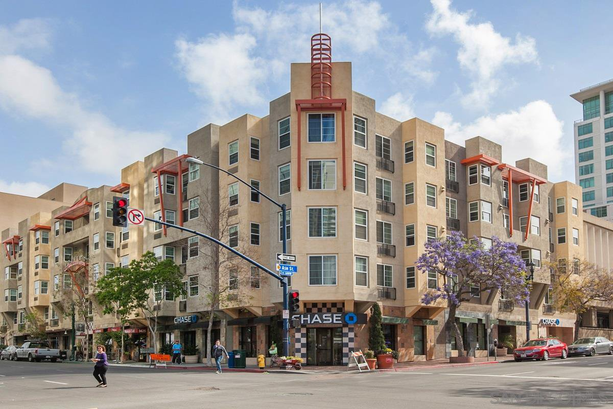 Main Photo: DOWNTOWN Condo for rent : 1 bedrooms : 1435 India Street #315 in San Diego