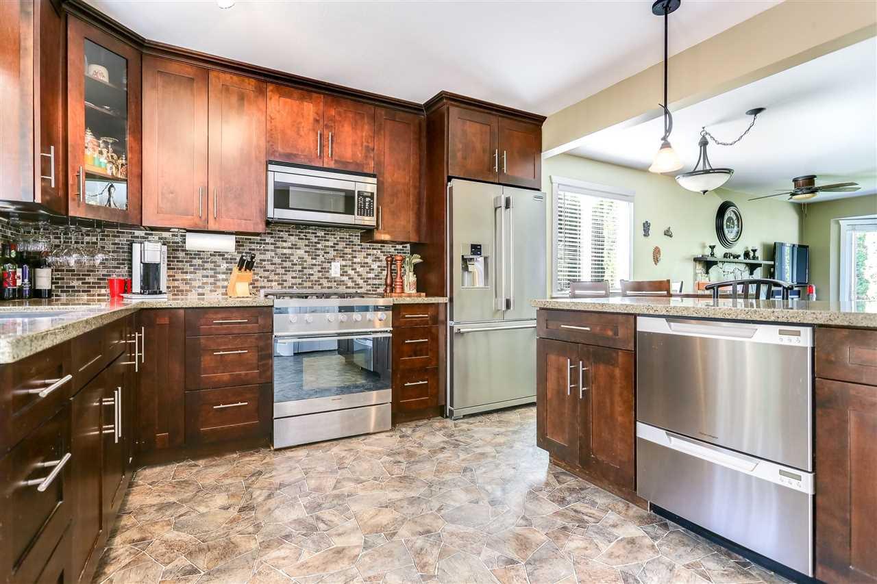 Photo 7: Photos: 11002 HAZELWOOD Street in Maple Ridge: Southwest Maple Ridge House for sale : MLS®# R2281905