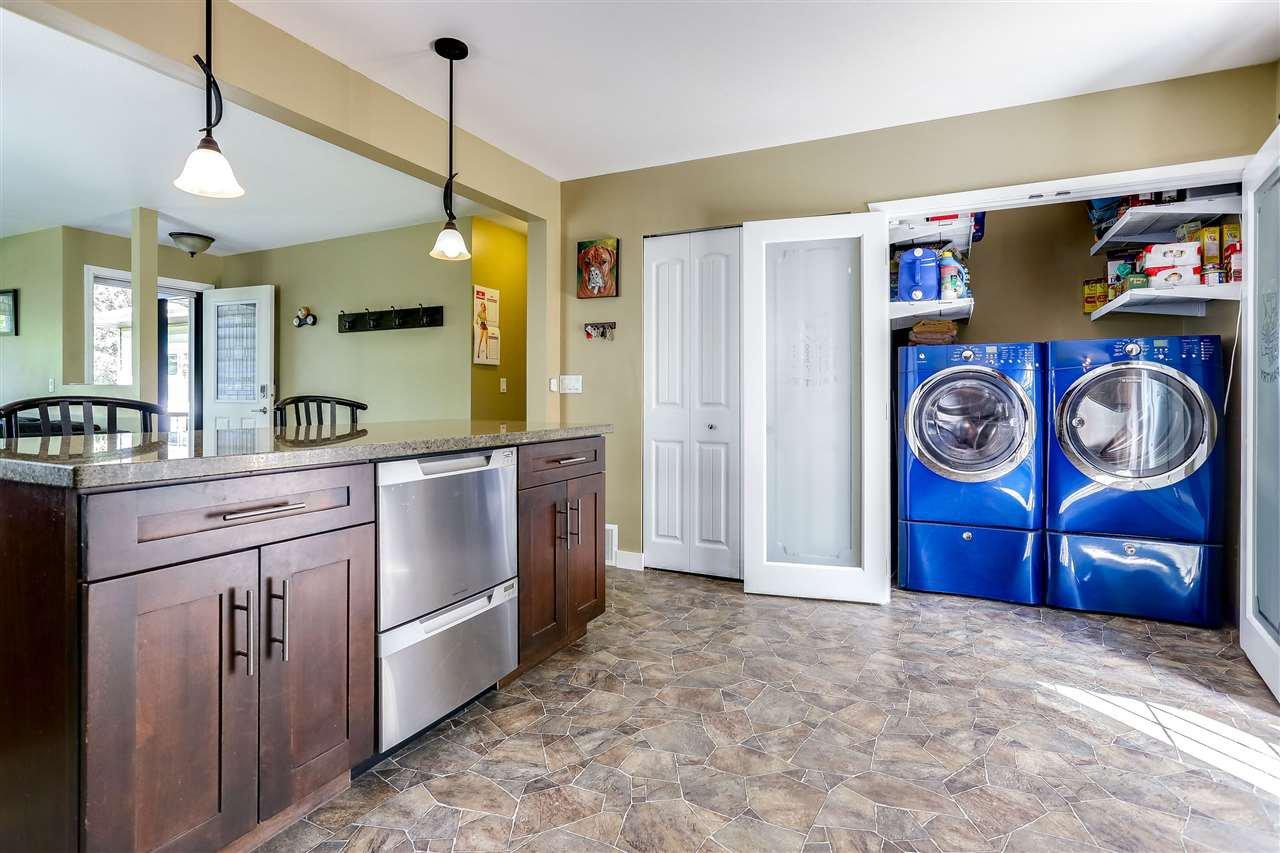 Photo 9: Photos: 11002 HAZELWOOD Street in Maple Ridge: Southwest Maple Ridge House for sale : MLS®# R2281905