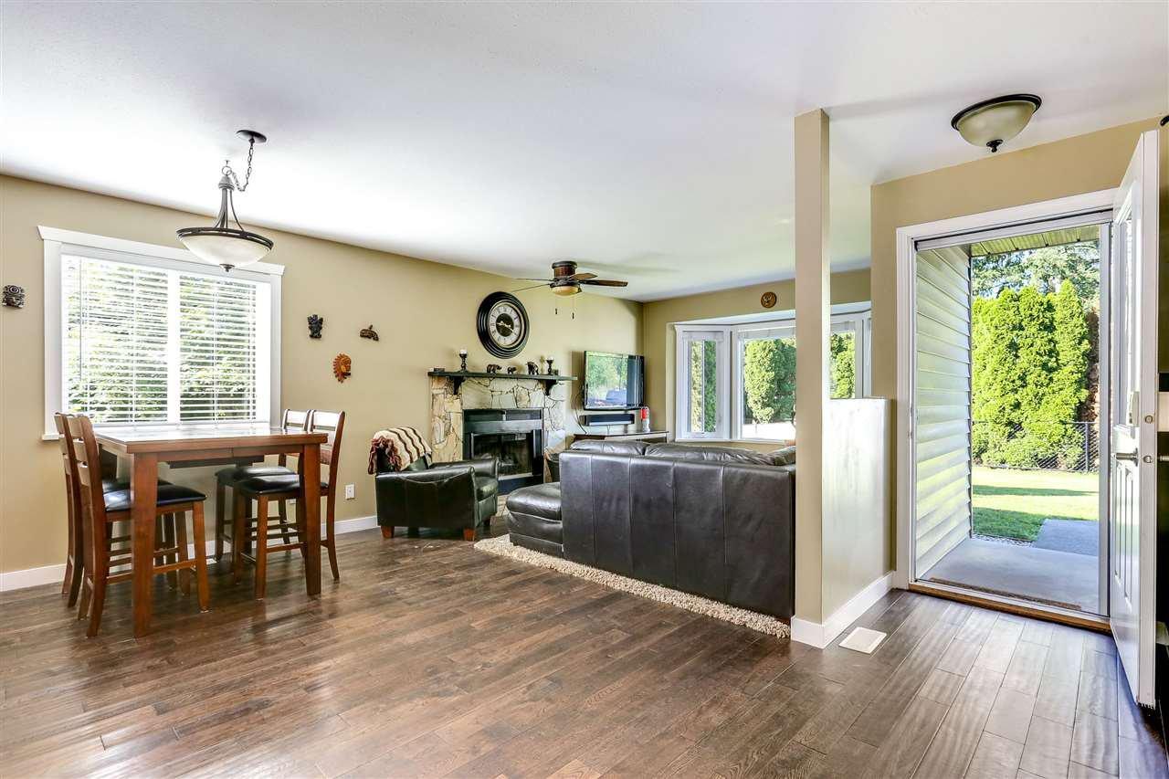 Photo 2: Photos: 11002 HAZELWOOD Street in Maple Ridge: Southwest Maple Ridge House for sale : MLS®# R2281905
