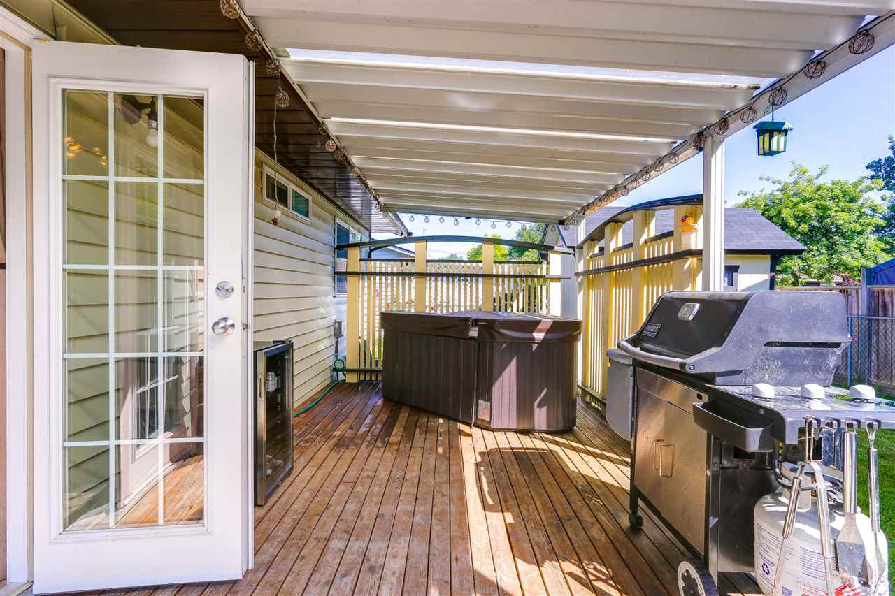 Photo 14: Photos: 11002 HAZELWOOD Street in Maple Ridge: Southwest Maple Ridge House for sale : MLS®# R2281905