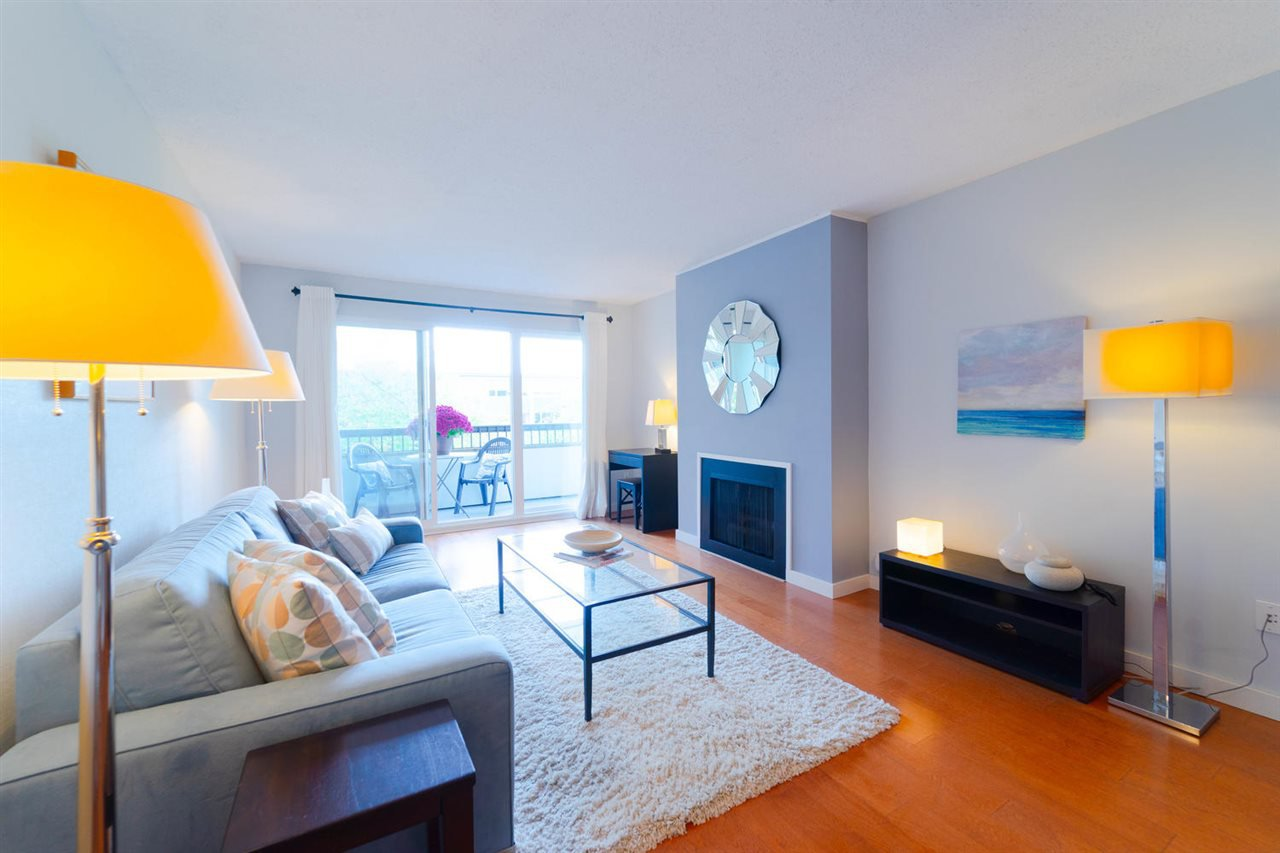 Main Photo: 208 550 E 6TH Avenue in Vancouver: Mount Pleasant VE Condo for sale (Vancouver East)  : MLS®# R2315137