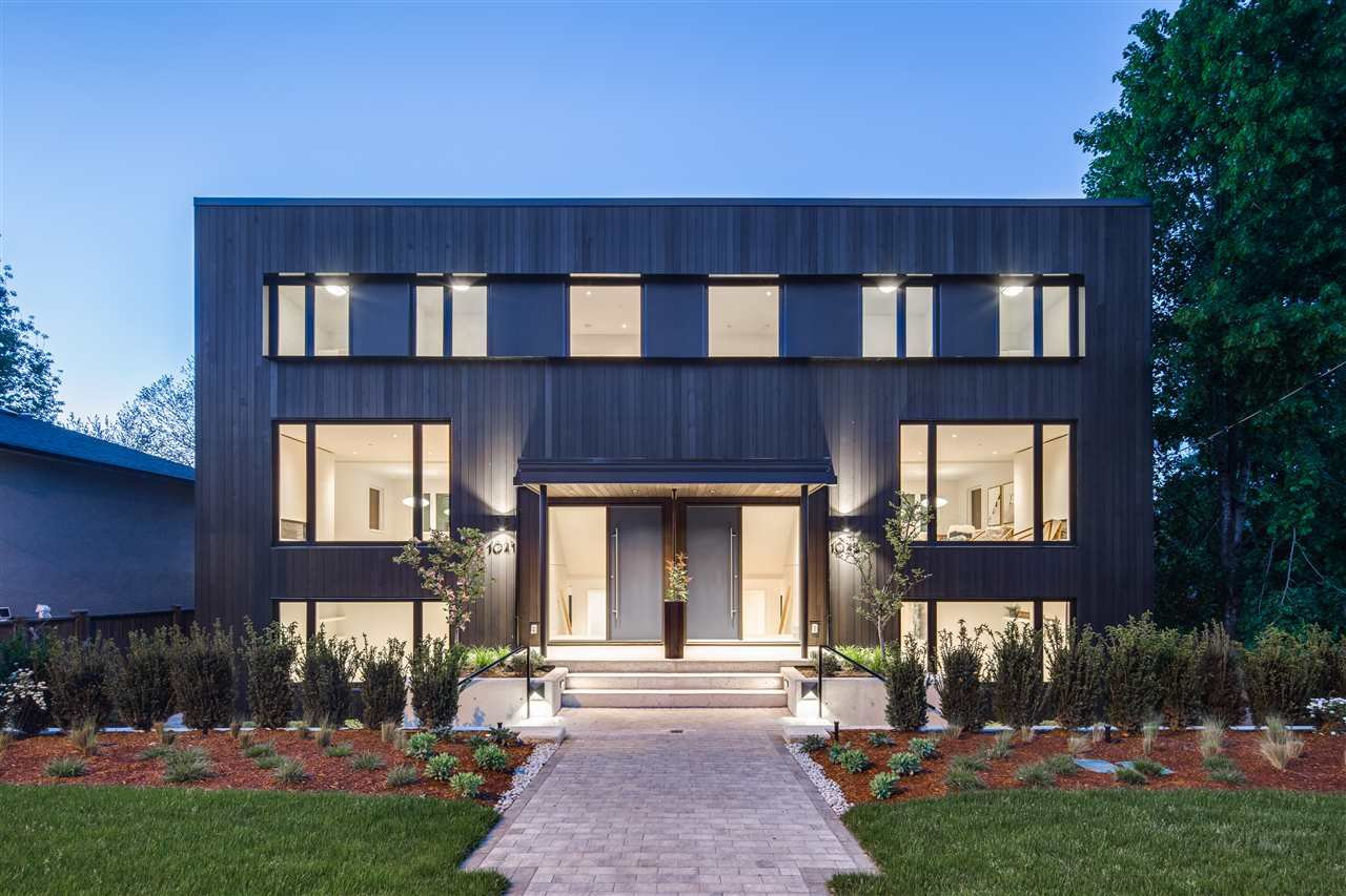 Main Photo: 1043 E 16TH Avenue in Vancouver: Mount Pleasant VE 1/2 Duplex for sale (Vancouver East)  : MLS®# R2364440