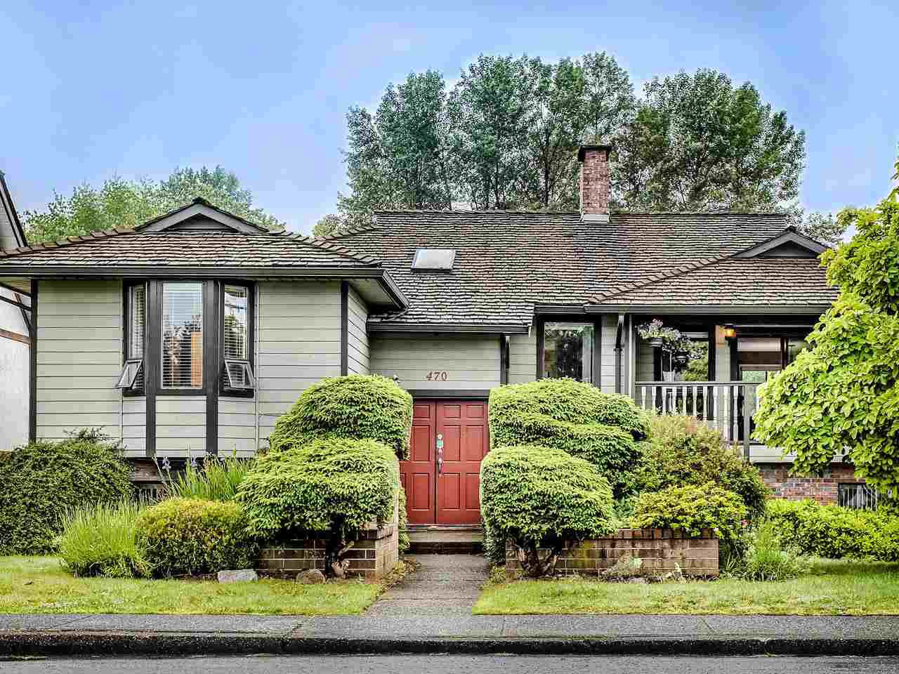 Main Photo: 470 CUMBERLAND Street in New Westminster: Fraserview NW House for sale : MLS®# R2464420