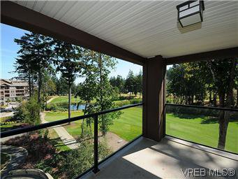 Main Photo: 302 1375 Bear Mountain Parkway in VICTORIA: La Bear Mountain Condo Apartment for sale (Langford)  : MLS®# 298593