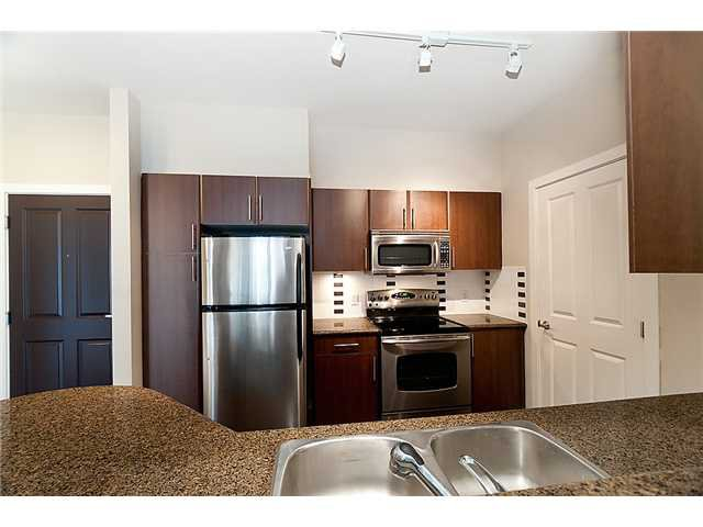 """Photo 2: Photos: 306 2330 WILSON Avenue in Port Coquitlam: Central Pt Coquitlam Condo for sale in """"SHAUGHNESSY WEST"""" : MLS®# V914242"""
