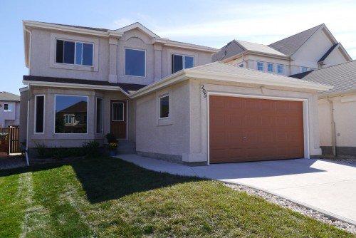 Main Photo: 205 Wayfield Drive in Winnipeg: Residential for sale : MLS®# 1319386