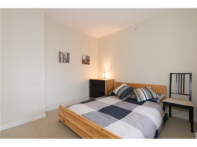 "Photo 14: Photos: 401 814 ROYAL Avenue in New Westminster: Downtown NW Condo for sale in ""NEWS NORTH"" : MLS®# V1036016"