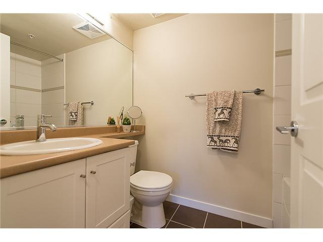 "Photo 13: Photos: 401 814 ROYAL Avenue in New Westminster: Downtown NW Condo for sale in ""NEWS NORTH"" : MLS®# V1036016"