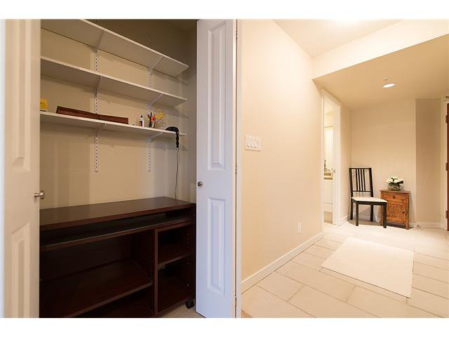 "Photo 9: Photos: 401 814 ROYAL Avenue in New Westminster: Downtown NW Condo for sale in ""NEWS NORTH"" : MLS®# V1036016"
