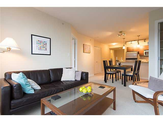 "Photo 6: Photos: 401 814 ROYAL Avenue in New Westminster: Downtown NW Condo for sale in ""NEWS NORTH"" : MLS®# V1036016"