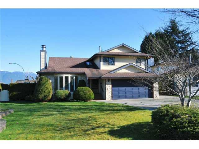 """Main Photo: 12450 MEADOW BROOK Place in Maple Ridge: Northwest Maple Ridge House for sale in """"MEADOW BROOK PLACE"""" : MLS®# V1055365"""
