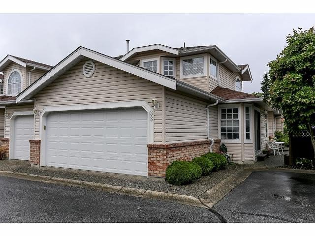 "Main Photo: 33 9168 FLEETWOOD Way in Surrey: Fleetwood Tynehead Townhouse for sale in ""The Fountains"" : MLS®# F1414728"