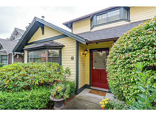 Main Photo: 157 W 15TH Avenue in Vancouver: Mount Pleasant VW Townhouse for sale (Vancouver West)  : MLS®# V1087501