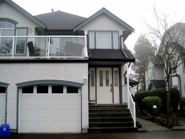 Main Photo: 30 4740 221ST Street in Langley: Murrayville Townhouse for sale : MLS®# F1430490