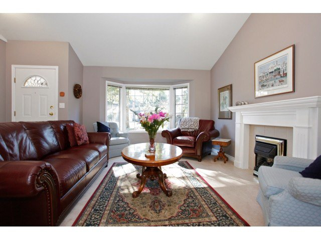 """Photo 3: Photos: 19645 46TH Avenue in Langley: Langley City House for sale in """"MASON HEIGHTS"""" : MLS®# F1431602"""