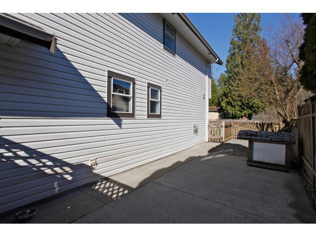 """Photo 17: Photos: 19645 46TH Avenue in Langley: Langley City House for sale in """"MASON HEIGHTS"""" : MLS®# F1431602"""