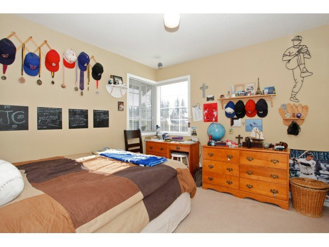 """Photo 15: Photos: 19645 46TH Avenue in Langley: Langley City House for sale in """"MASON HEIGHTS"""" : MLS®# F1431602"""