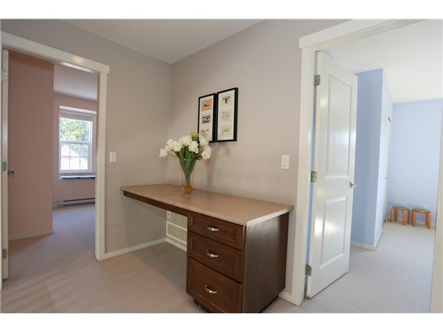 """Photo 13: Photos: 17 ALDER Drive in Port Moody: Heritage Woods PM House for sale in """"FOREST EDGE"""" : MLS®# V1108863"""