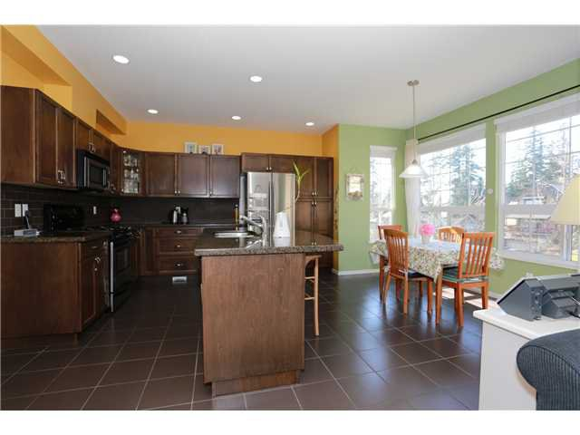 """Photo 2: Photos: 17 ALDER Drive in Port Moody: Heritage Woods PM House for sale in """"FOREST EDGE"""" : MLS®# V1108863"""