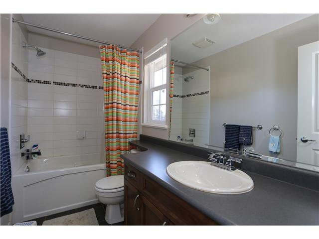 """Photo 12: Photos: 17 ALDER Drive in Port Moody: Heritage Woods PM House for sale in """"FOREST EDGE"""" : MLS®# V1108863"""