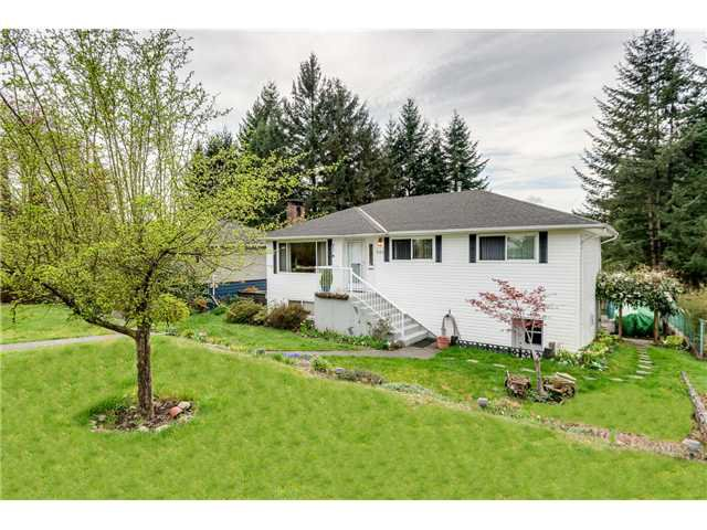Main Photo: 643 CLAREMONT Street in Coquitlam: Coquitlam West House for sale : MLS®# V1113978