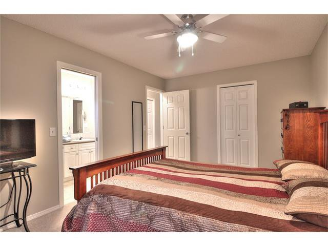 Photo 20: Photos: 79 EVERSYDE Point(e) SW in Calgary: Evergreen House for sale : MLS®# C4058622