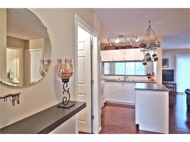 Photo 8: Photos: 79 EVERSYDE Point(e) SW in Calgary: Evergreen House for sale : MLS®# C4058622
