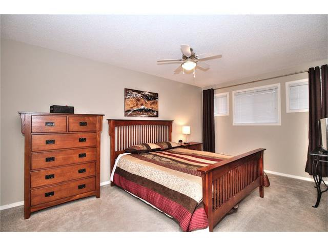 Photo 18: Photos: 79 EVERSYDE Point(e) SW in Calgary: Evergreen House for sale : MLS®# C4058622