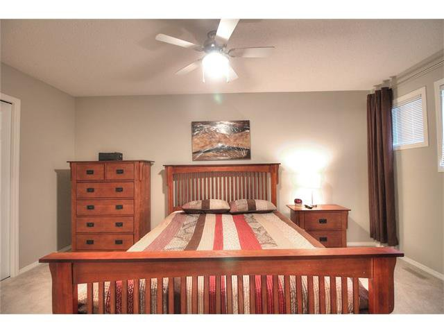 Photo 19: Photos: 79 EVERSYDE Point(e) SW in Calgary: Evergreen House for sale : MLS®# C4058622