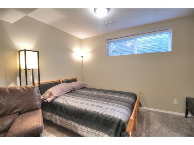 Photo 26: Photos: 79 EVERSYDE Point(e) SW in Calgary: Evergreen House for sale : MLS®# C4058622